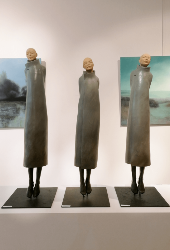 trois méditant galerie Jamault