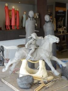 Sculpture en préparation à l'atelier de Sandra Courlivant
