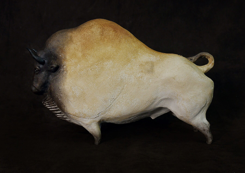 Bison grotte Chauvet, Sculpture de Sandra Courlivant