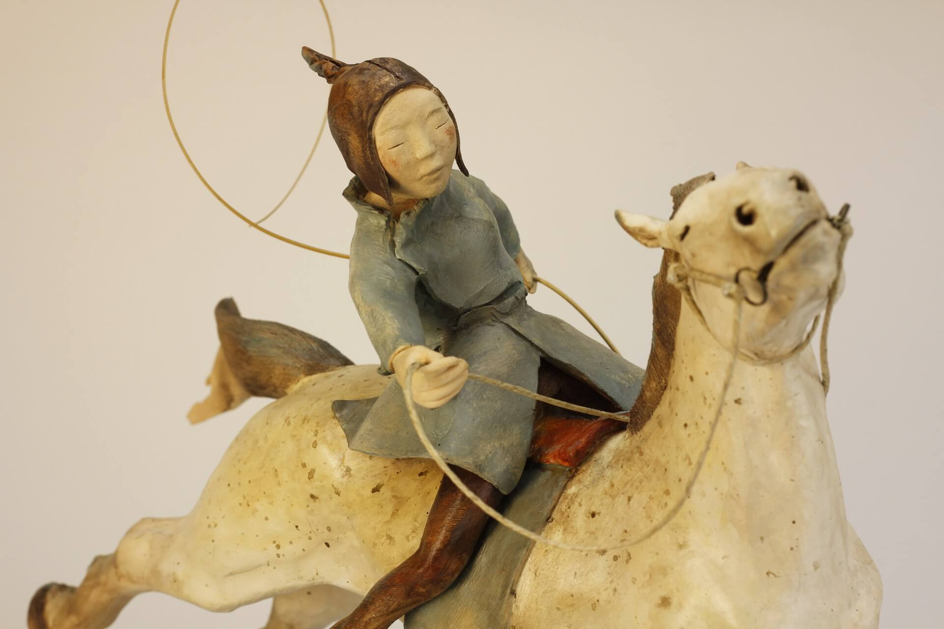 cheval-fillette-cavalière-sculpture