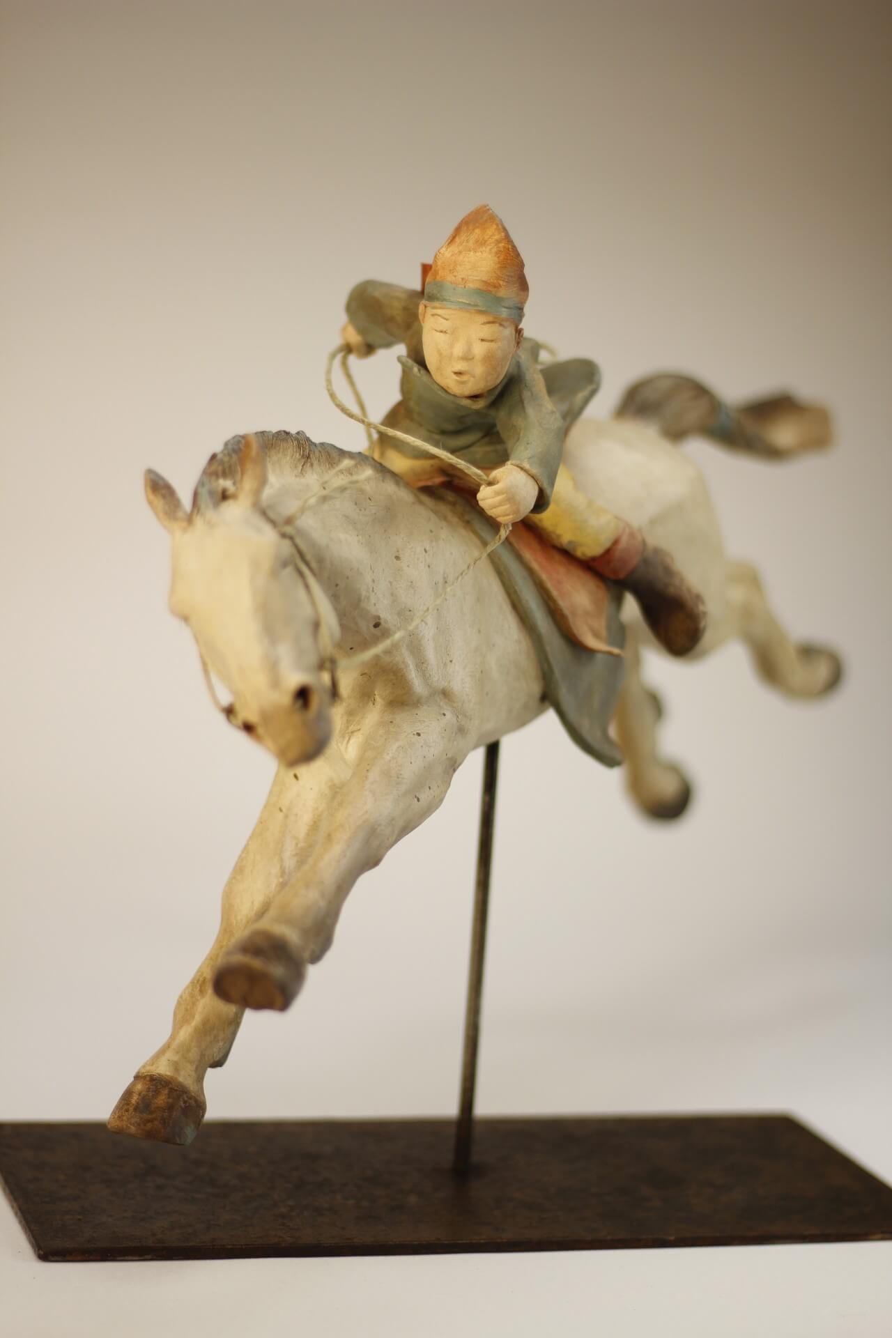 enfant-mongolie-galop-sculpture